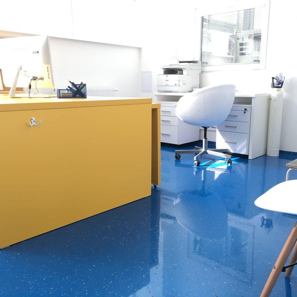 Antistatické podlahy v zdravotníctve - ral farby, cenník