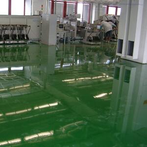 Antistatická podlaha vo výrobnej hale - priemyselná