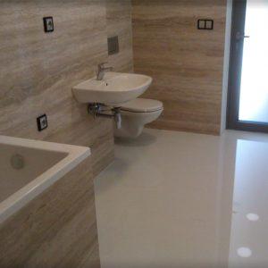 Liate podlahy do kúpeľne